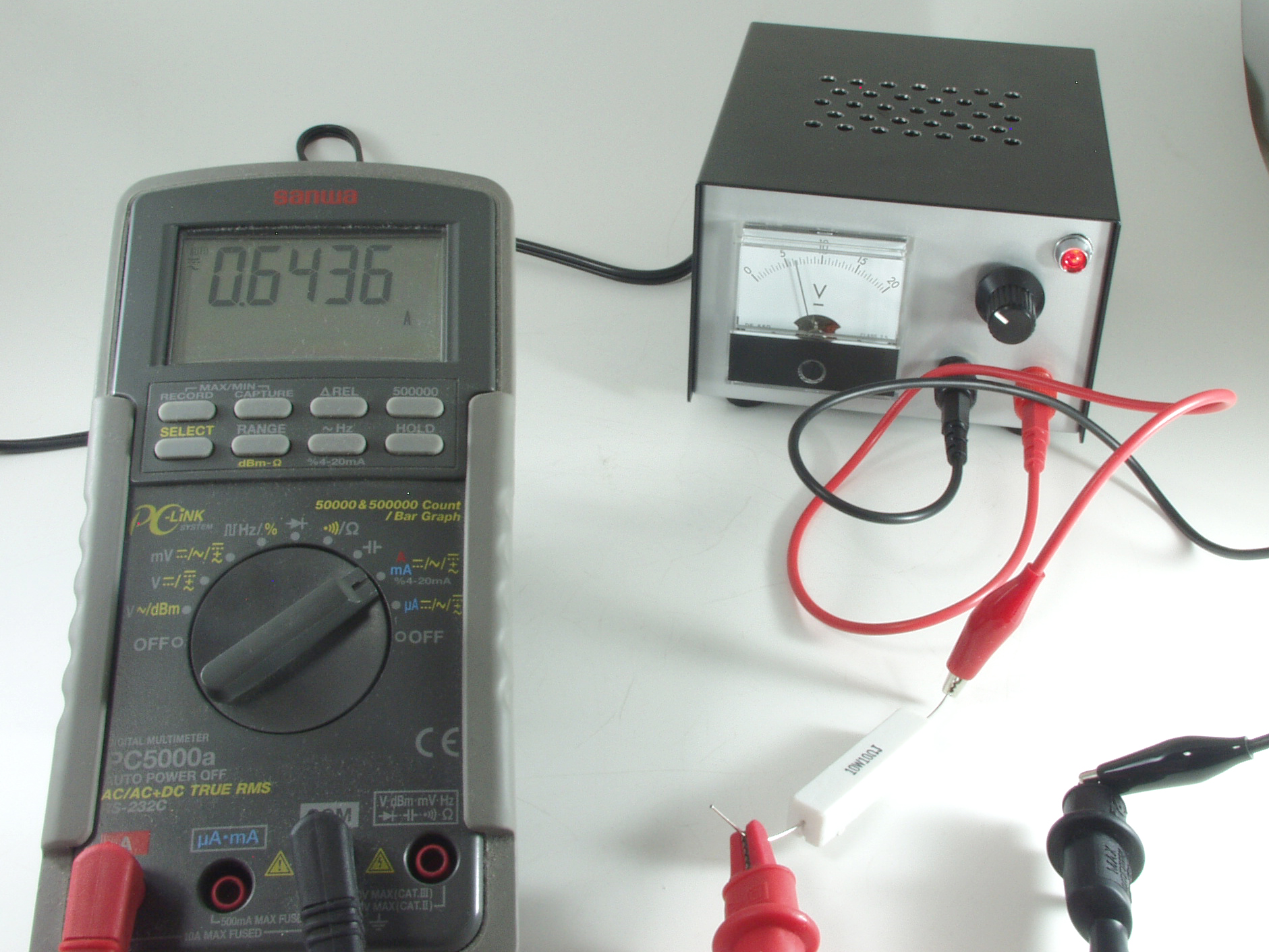 家庭用の「AC100V」から、「DC1.5V~DC12V」の電源を作る