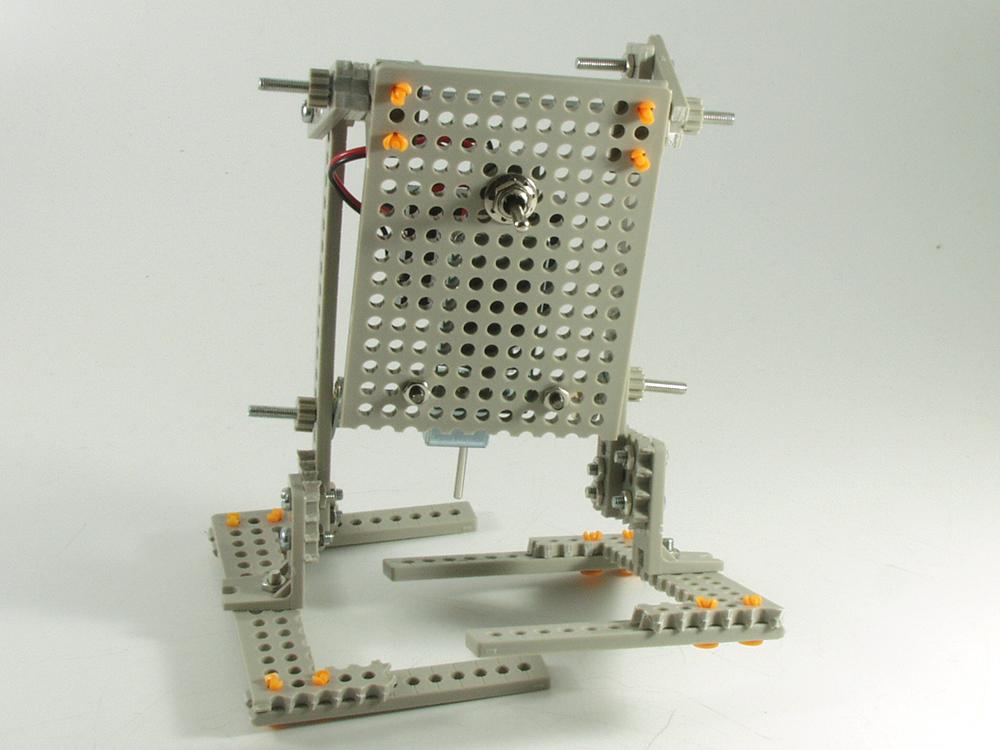 ロボットを歩かせるための知識「二足歩行」の仕組みを考える